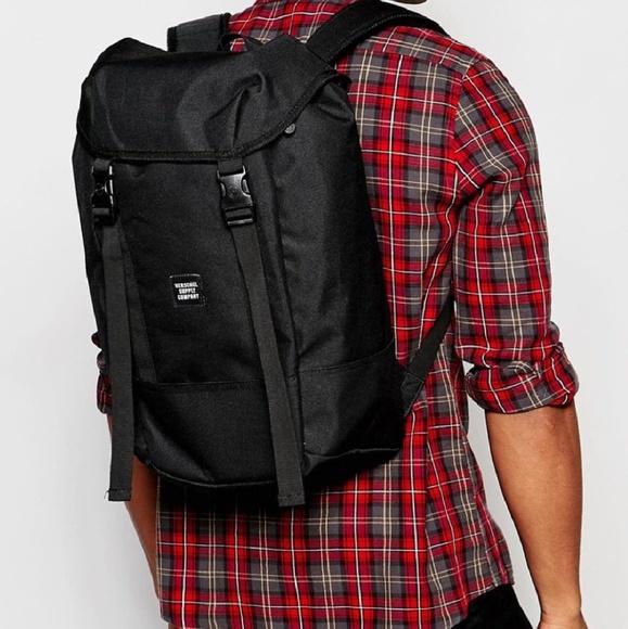 f7b8e37df95 Herschel Iona Backpack Black NWT